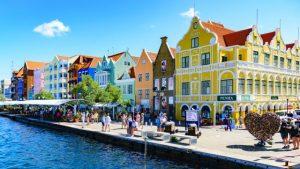 7 Negara yang Menawarkan Perjalanan Gratis Kepada Pengunjungnya